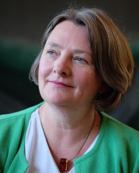 Stephanie Cairns